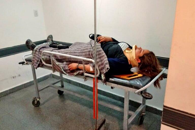 La esposa del chofer del camión es asistida en el hospital de Alta Gracia. Su esposo se encuentra en el mismo centro de salud