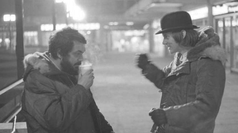 Junto a Malcolm McDowell en el rodaje de La naranja mecánica