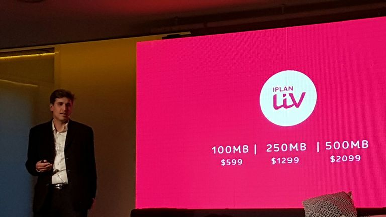 Damián Maldini, gerente general de IPLAN durante el anuncio de los planes de Liv, el servicio de banda ancha por fibra óptica de hasta 500 Mbps