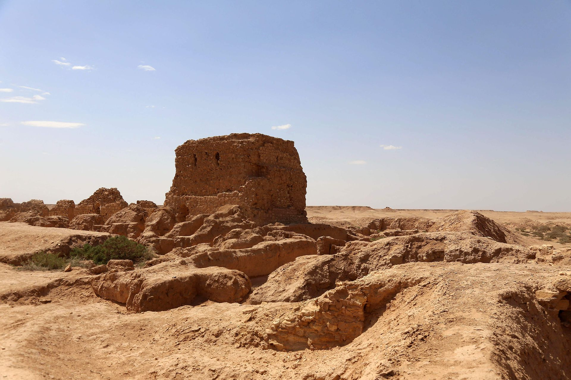 Vista del sitio arqueológico de Al-Aqiser en Ain Tamr cerca de Karbala en Irak, que incluye lo que se ha descrito como una de las iglesias cristianas orientales más antiguas