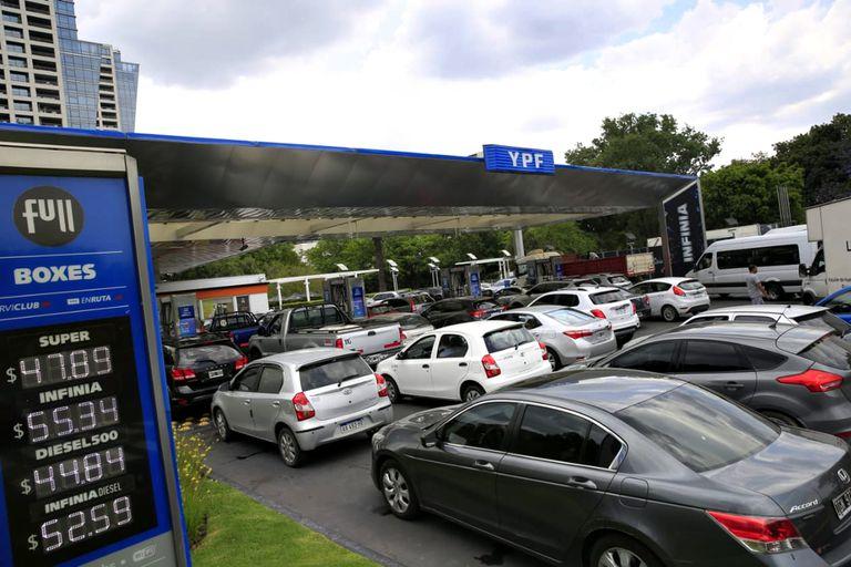 La estación YPF de Figueroa Alcorta y Echeverría