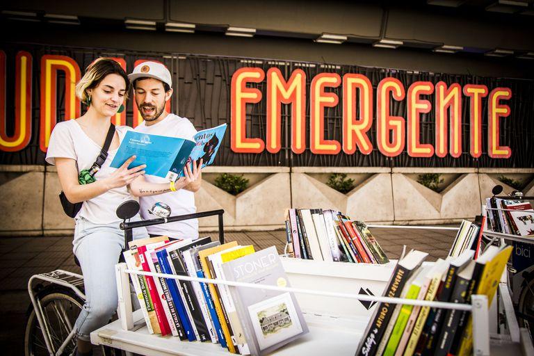 En Ciudad Emergente confluyen feria de libros, presentaciones, charlas, muestras y conciertos