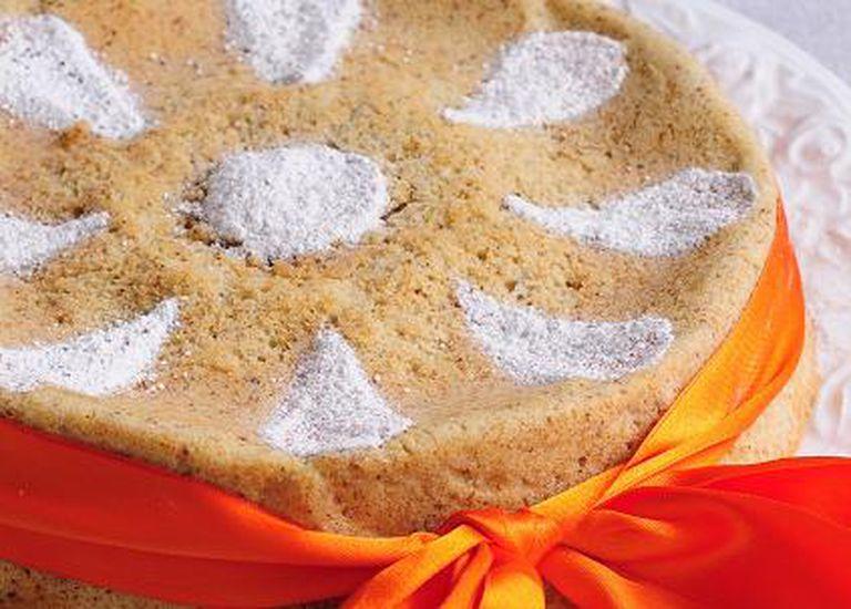 Torta de coco y avellana