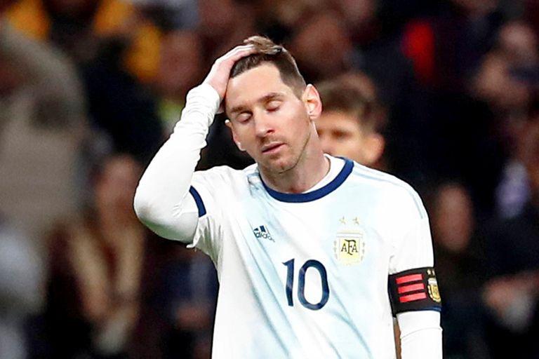 Messi volvió cuando él quiso, no cuando los demás querían. Se volvió a Barcelona como llegó: en silencio.