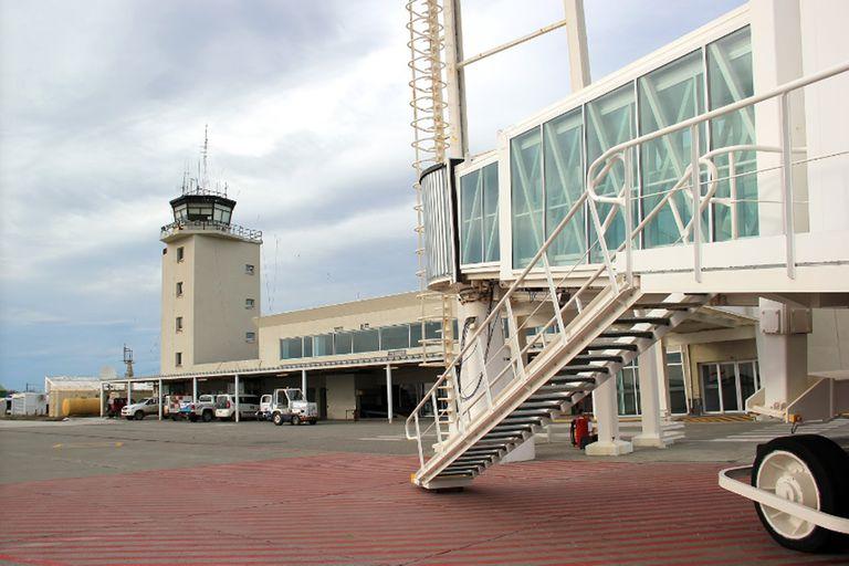 Río Grande: un controlador aéreo fue hallado sin vida en la torre del aeropuerto