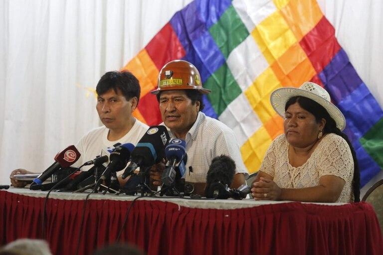 Evo Morales anunció que el 19 de enero se definirá la formula presidencial del MAS