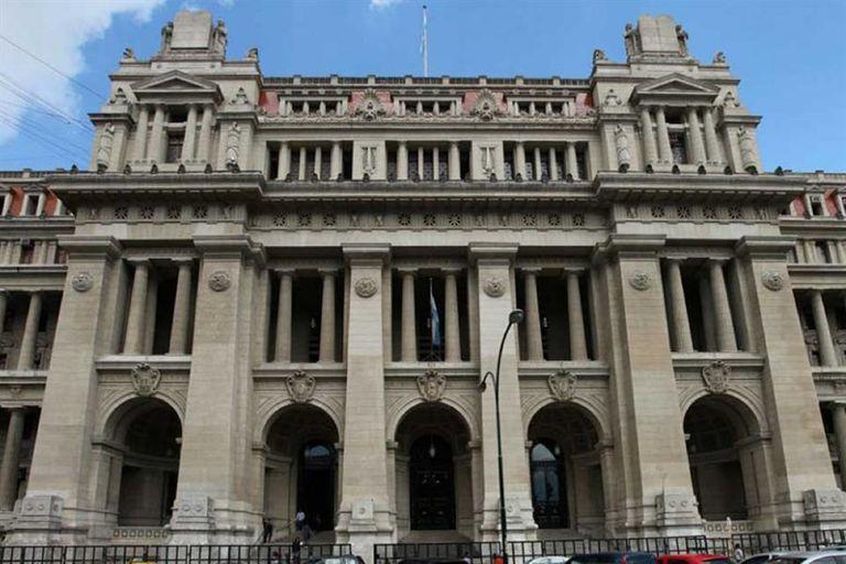 Tribunales de la calle Talcahuano al 500