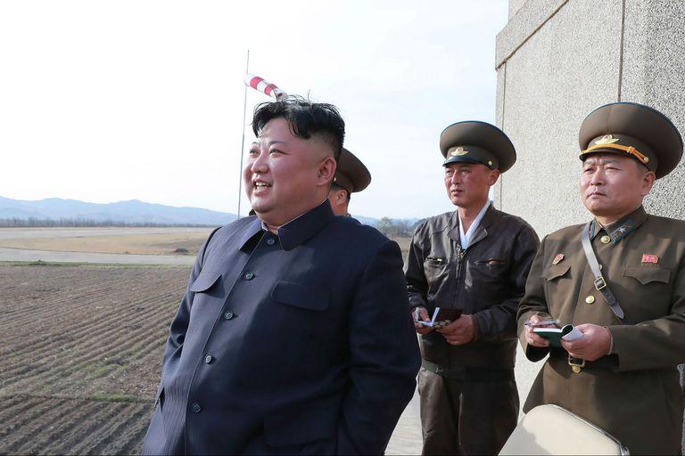Kim durante una visita a una base militar norcoreana