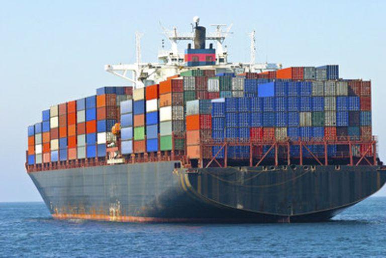 19-04-2021 Cargo container ship at sea POLITICA MOËT HENNESSY/PR NEWSWIRE