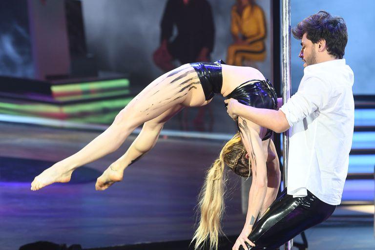En el caño, la bailarina de Lizardo Ponce se llevó todos los aplausos