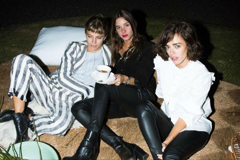 Justina Bustos, Lucía Celasco y Belén Chavanne disfrutaron de una noche en recoleta