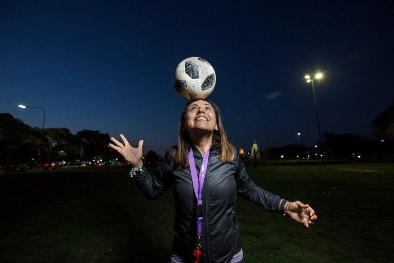 Entrenadoras: historias de las únicas 5 mujeres que dirigen en la liga femenina