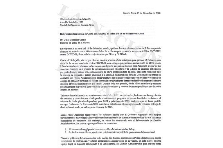 La respuesta a González García llegó cuatro días después, por la noche. El 15 de diciembre pasado a las 23.34 Nicolás Vaquer, de Pfizer, le contestó, también por carta enviada electrónicamente, al ministro de Salud. Su secretaría privada confirmó haber recibido la comunicación a las 11.02 del día si