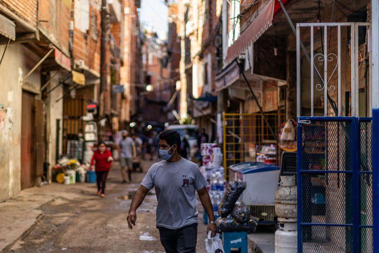 Segunda ola: En un mes se cuadruplicaron los contagios en los barrios populares de CABA