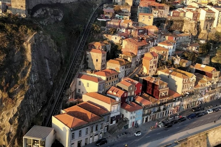 Las escaleras van desde el río Duero hasta la parte alta de la ciudad, ofreciendo unas vistas fantásticas.