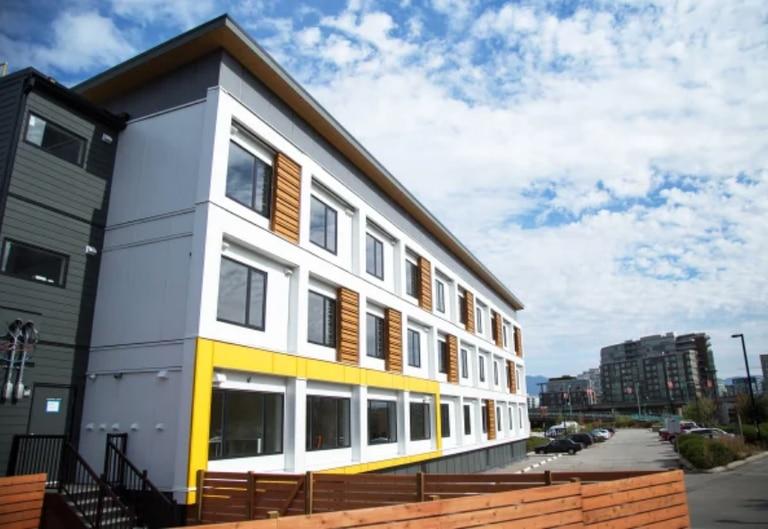 Viviendas: edificios que se ensamblan, carpas de lujo, containers y más