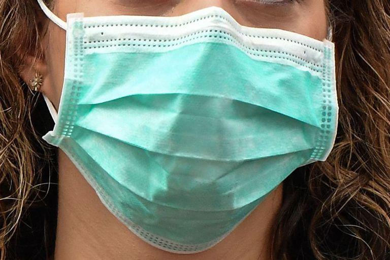 La medida no es oficial sino que surgió de los trabajadores ante la epidemia que comenzó en China