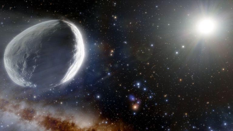 """Astrónomos calculan el tamaño del descomunal """"megacometa"""" que se acerca a la Tierra"""