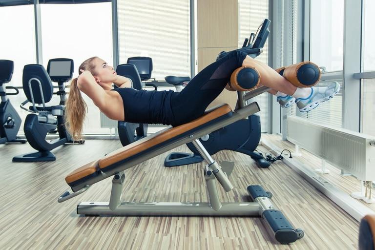 Para trabajar los abdominales se requiere una buena alimentación, ejercicios aeróbicos y buenos sets de abdominales variados