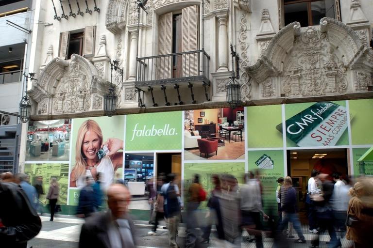 Exodo empresario. Falabella busca comprador para su negocio en la Argentina