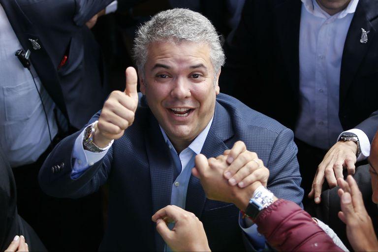 Con un amplio triunfo de Duque, la derecha vuelve al poder en Colombia