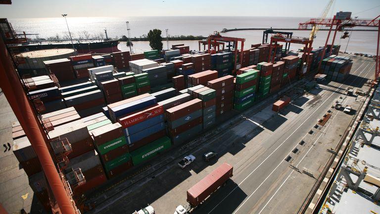 Violaron en el puerto contenedores que tenían papeles ligados a los casos Hotesur, FIFAgate y Sueños Compartidos