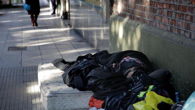 Una de cada diez personas en el mundo vive con menos de 2 dólares por día