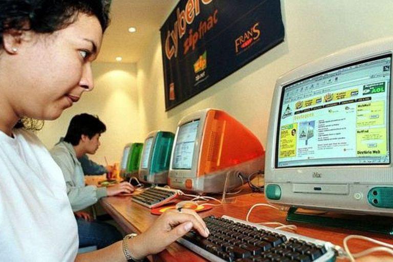 AOL cerró sus sitios de música en 2013, eliminando años de cobertura musical de todo el mundo