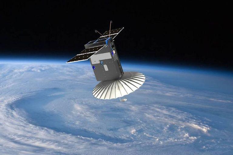 Órbita universitaria: la Universidad de La Plata desarrolla un satélite propio
