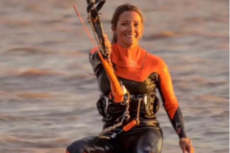Quién es Victoria Pardo, la turista que desapareció mientras practicaba kitesurf
