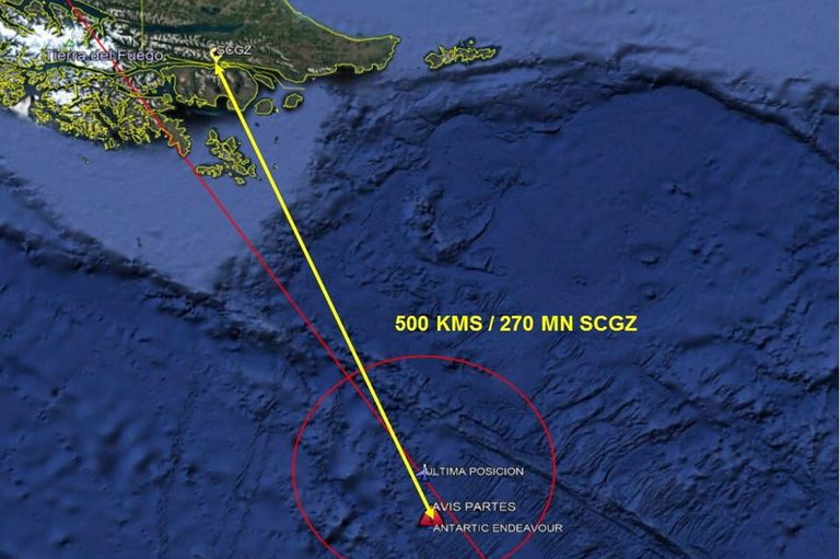 En el Hércules viajaban 38 personas (21 pasajeros y 17 tripulantes). El avión militar despegó a las 16.55 del lunes desde Punta Arenas, en el extremo austral de Chile, rumbo a la base Eduardo Frei en la Antártida.