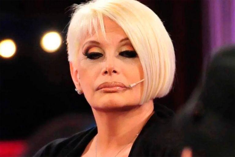 Debido a una desompensación sufrida por Carmen Barbieri, la obra 20 Millones volvió a suspender sus funciones