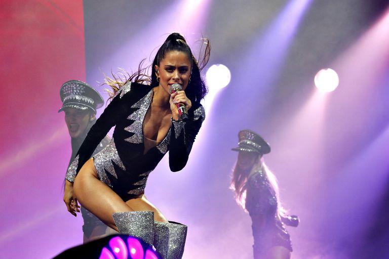 Con un gran show de Tini Stoessel, abrió el Movistar Arena