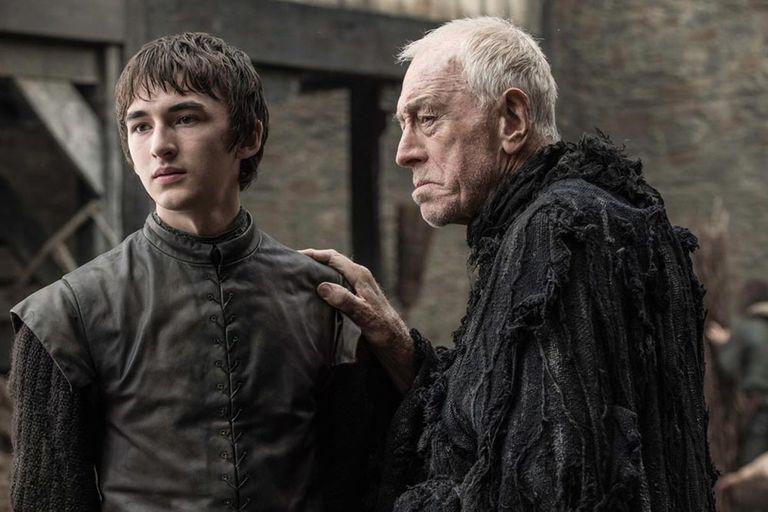 Como el Cuervo de Tres Ojos junto a Isaac Hampstead-Wright en Game of Thrones