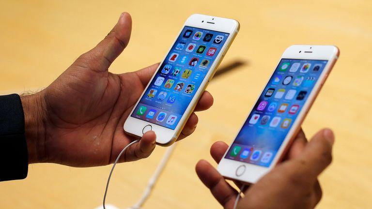 El iPhone 6S fue el primero que mostró una ralentización de su procesaro