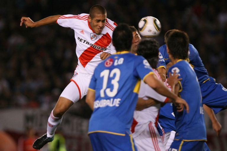 Maidana llegó a River a mitad de 2010, un año antes del descenso, y en su primer semestre le marcó un gol a Boca