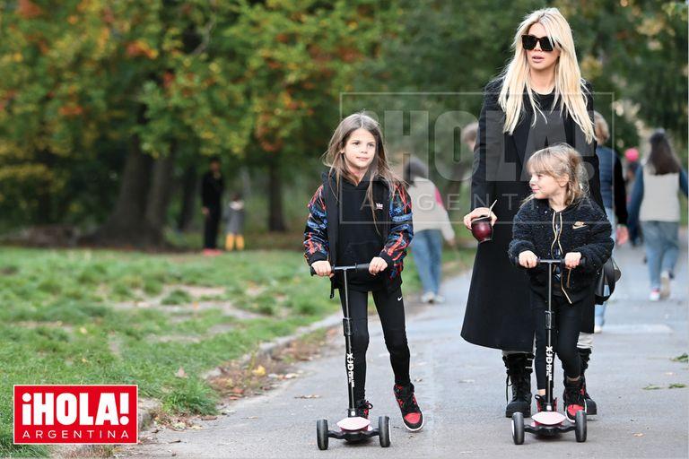Wanda Nara, de paseo con sus hijas tras anunciar su reconciliación con Mauro Icardi