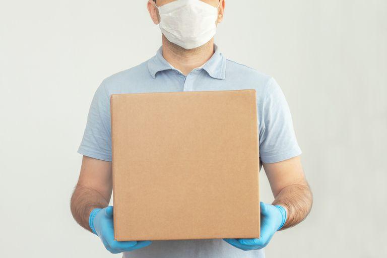 Todos los empleados deberán usar como mínimo cubrebocas
