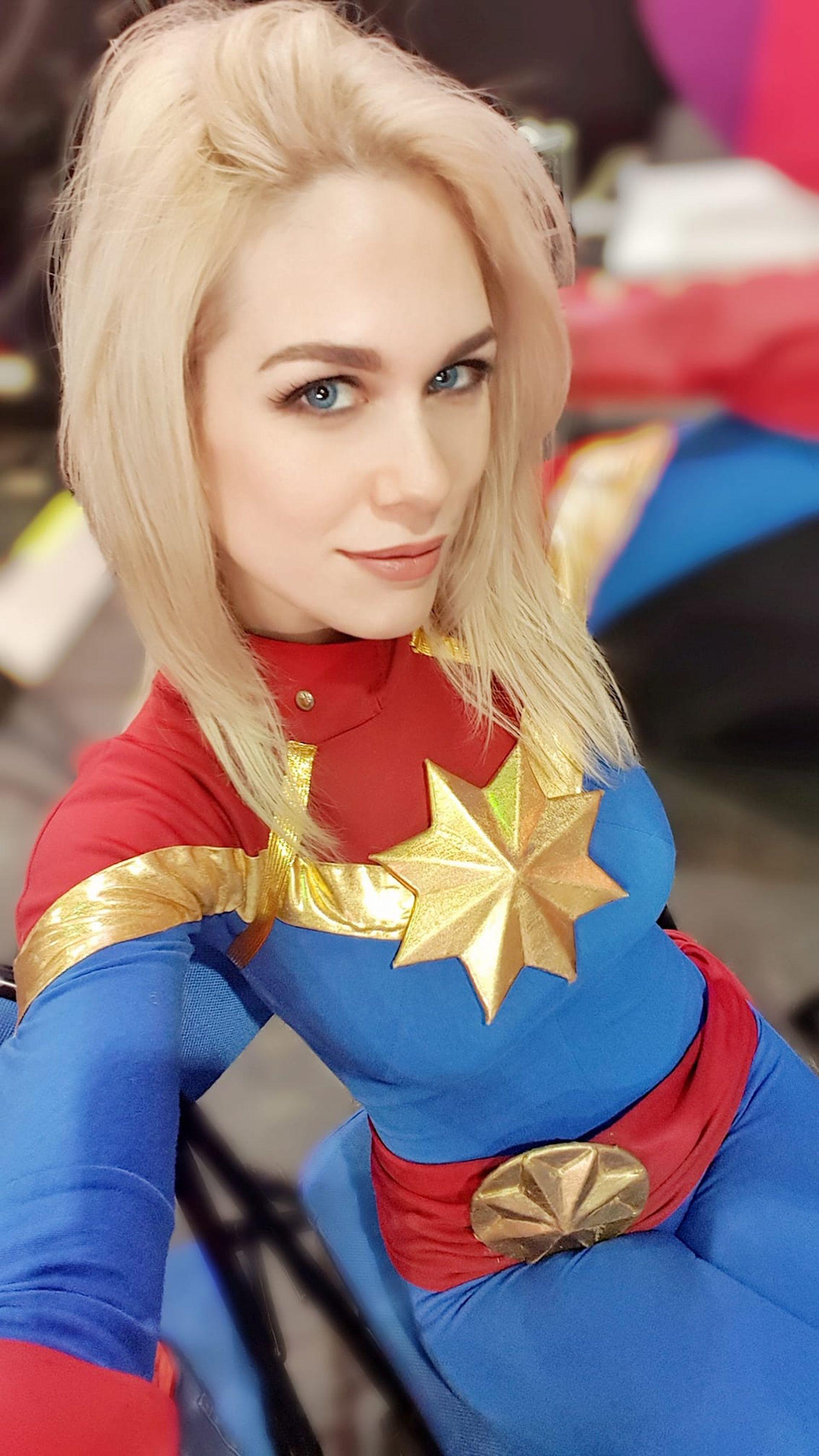 """""""Gracias al Cosplay pude viajar por todo el mundo. Soy fan de Wonder Woman e hice muchos cosplay de ella"""", dice Lilia"""