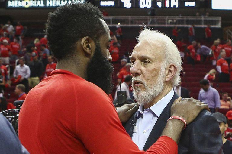 La nueva NBA: un jugador tira hoy más triples que el Chicago campeón de Jordan