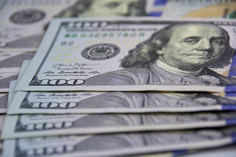Ajuste silencioso: el cambio de planes de Miguel Pesce en el Banco Central