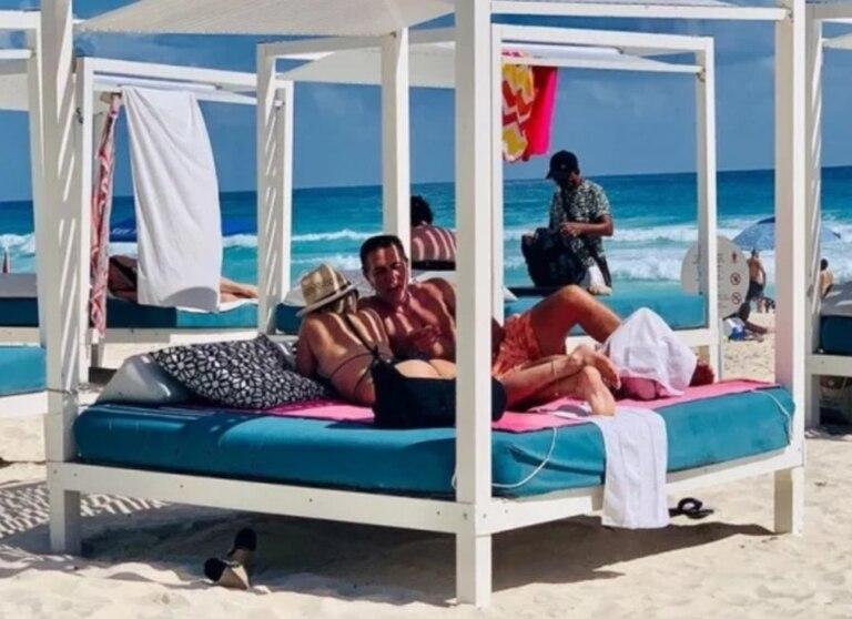 Rodolfo Barili y Lara Piro oficializaron su noviazgo en enero de 2020, tras filtrarse fotos de sus vacaciones en Cancún