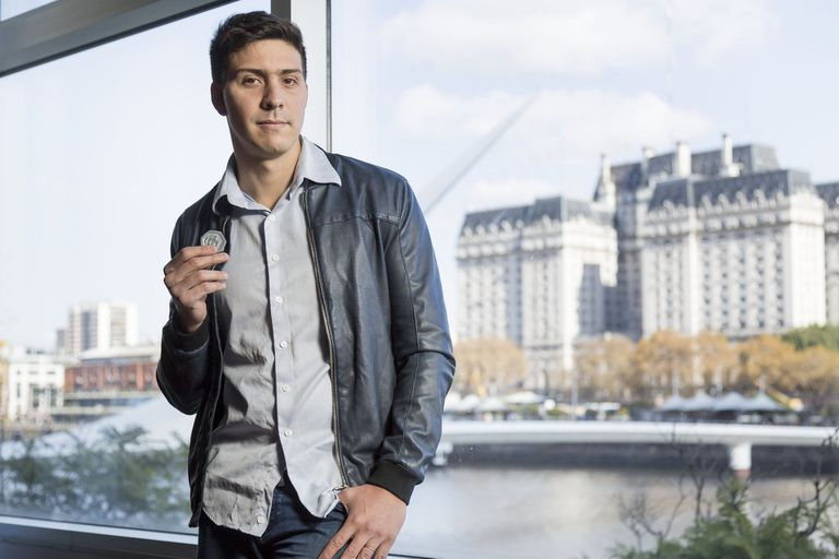 Lucas González Amorosino: el Puma que ahora se juega por las criptomonedas