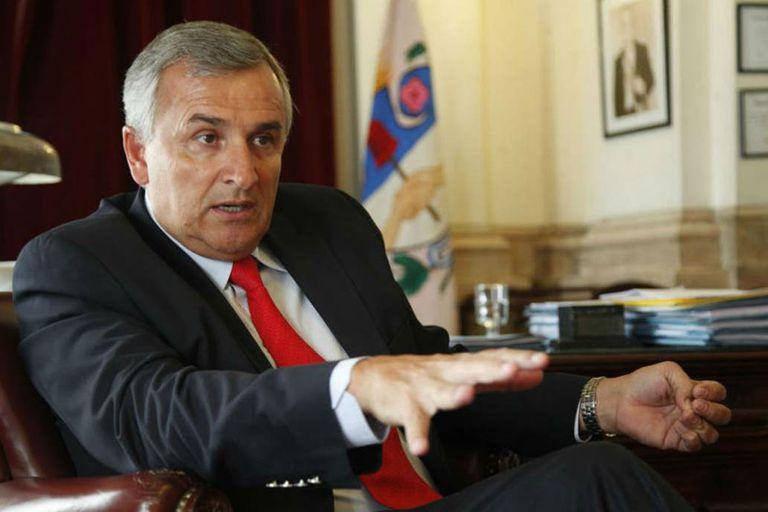 El gobernador de Jujuy criticó en redes sociales al ministro de Cultura de la Nación, al enterarse de su visita a la provincia por los medios de comunicación