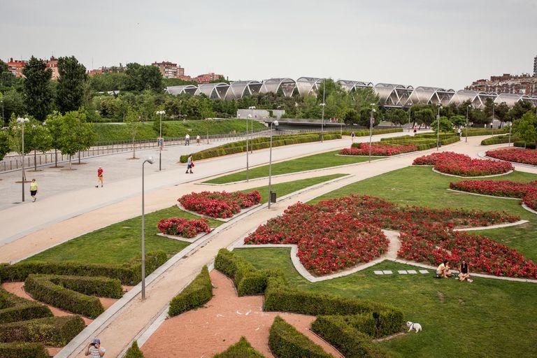 Madrid Río, un inmeso parque en el que los madrileños hacen deporte