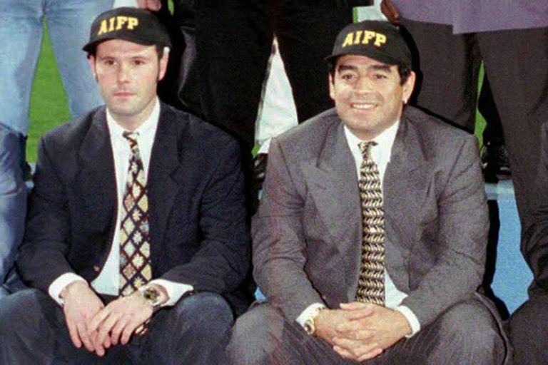 Bosman fue uno de los jugadores que en 1997 apoyó el proyecto de Diego Maradona de crear una Asociación Internacional de Futbolistas Profesionales