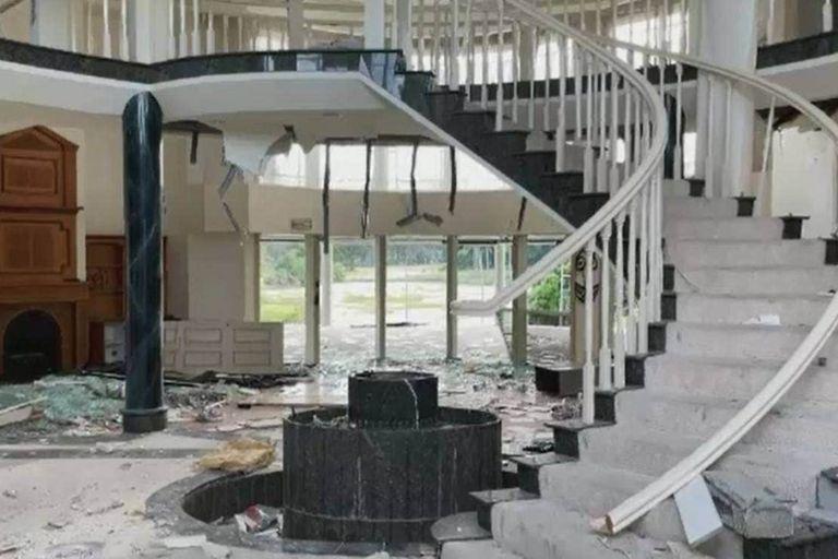 En Australia, la mansión de un multimillonario estuvo ocupada y, al volver a quedar deshabitada, se conocieron fotos de los destrozos