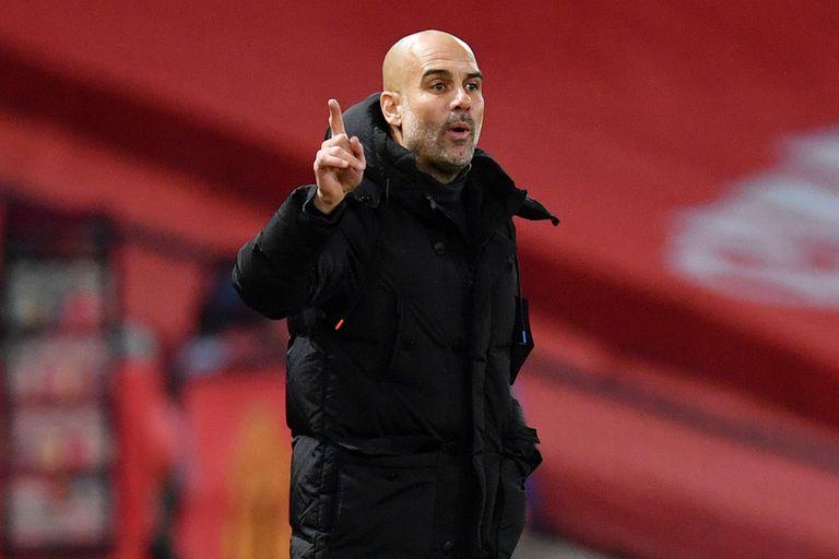 Pep Guardiola, entrenador del Manchester City, donde invierte Sheikh Mansour, el octavo hombre más rico del deporte mundial