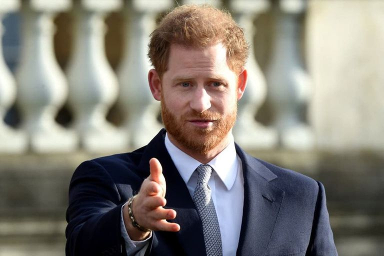 """Realeza: un """"error administrativo"""" tensa la relación entre Harry y la corona"""