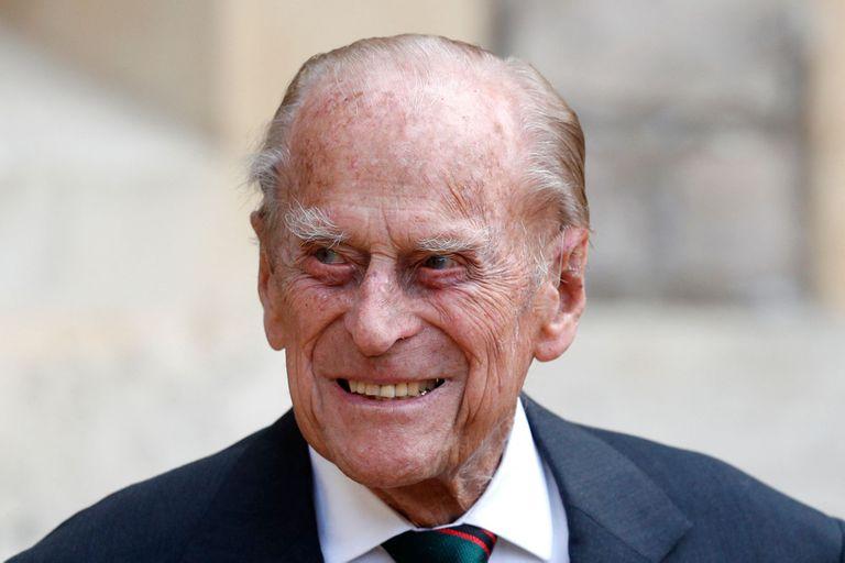 El príncipe Felipe fue hospitalizado pro recomendación de su médico